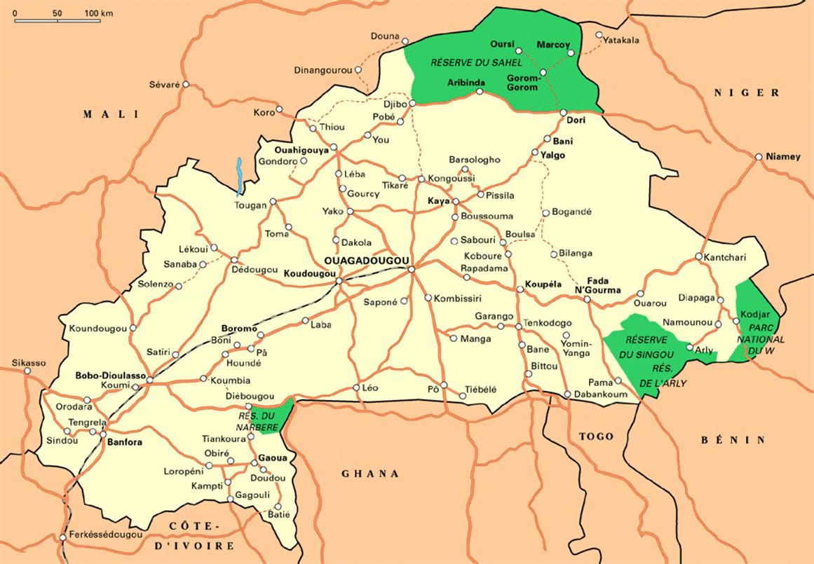 Large national parks map of Burkina Faso with roads and major cities
