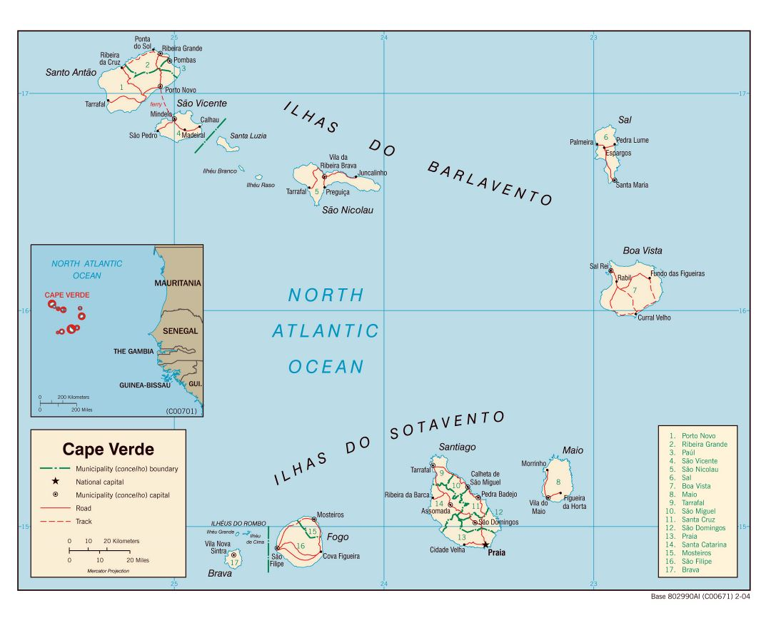 Large detailed political and administrative map of Cape Verde with roads and major cities - 2004
