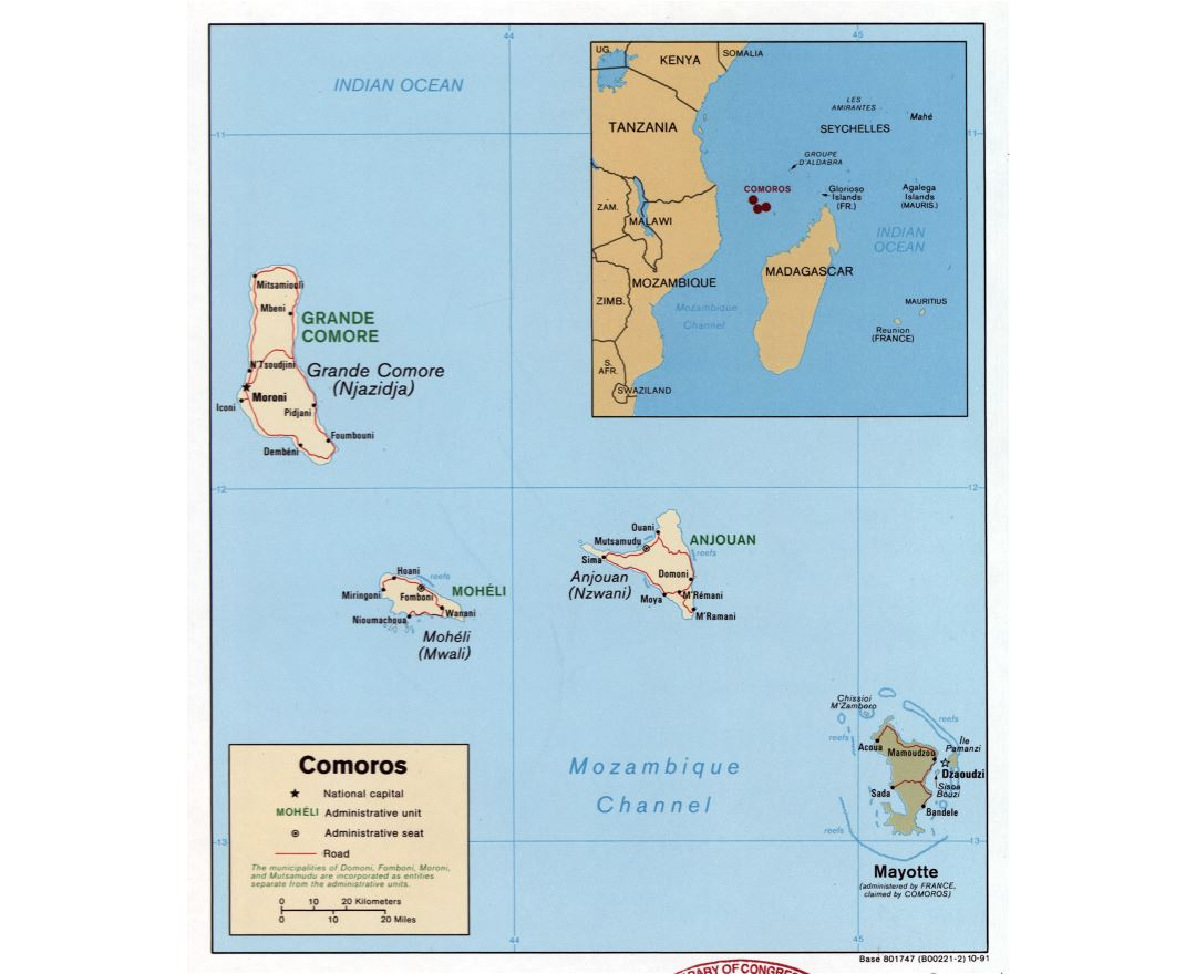 Large detailed political map of Comoros with roads and cities - 1991