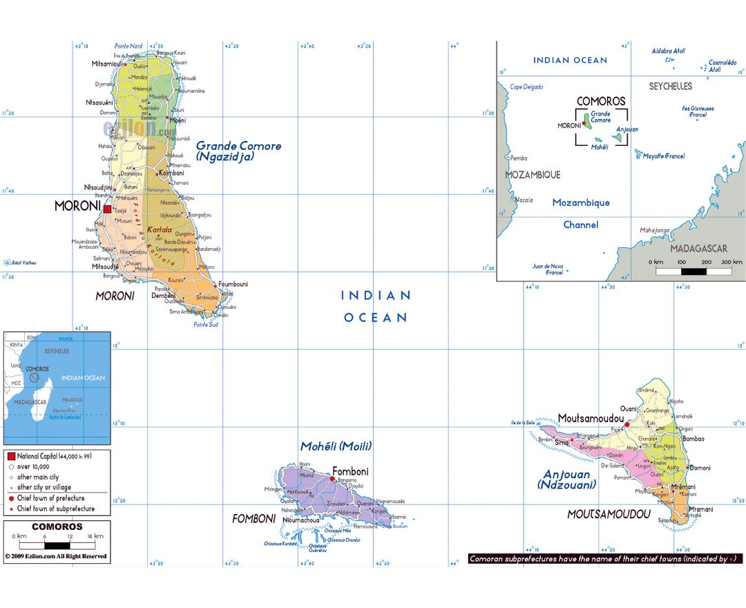 Large political and administrative map of Comoros Islands with roads, cities and airports