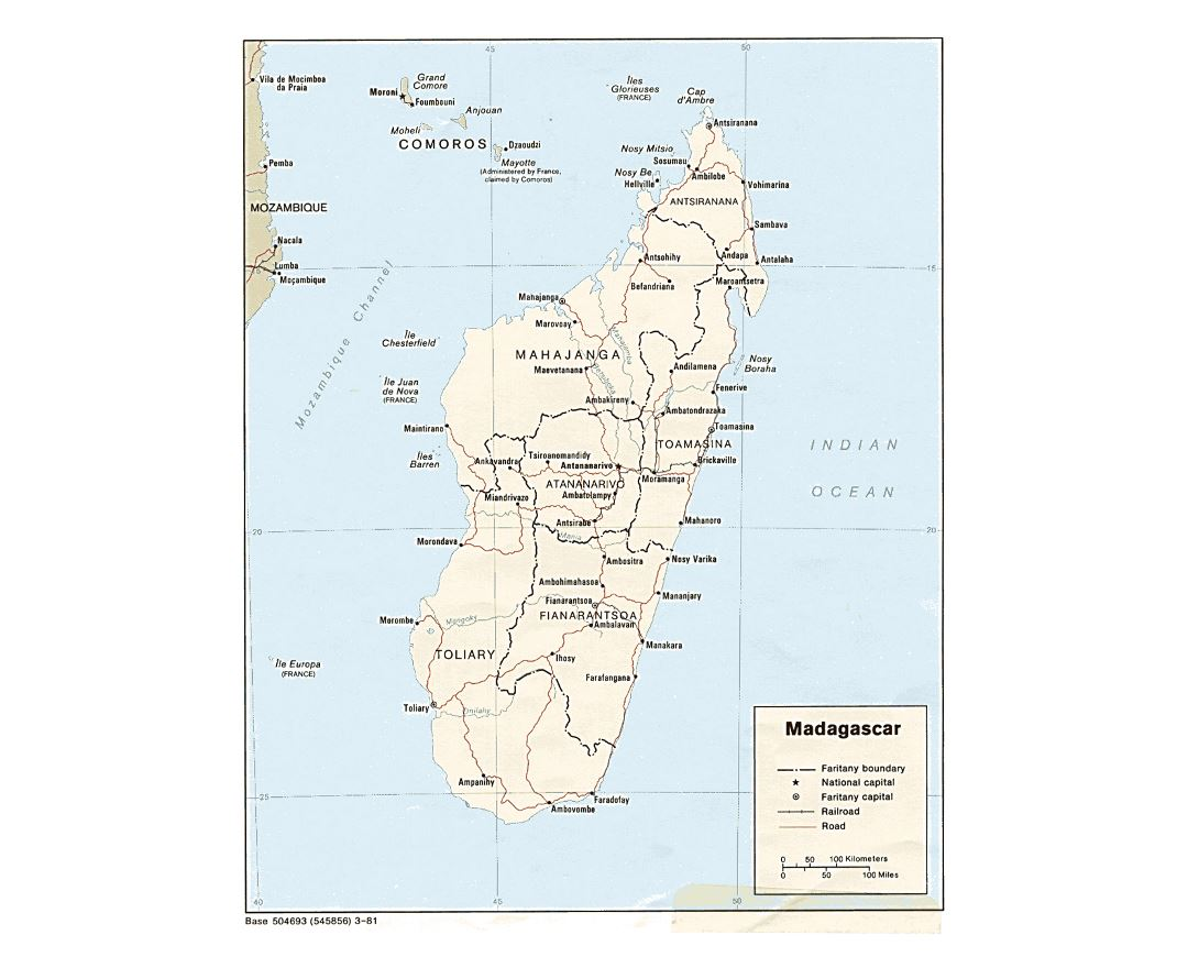 Detailed political and administrative map of Madagascar with roads, railroads and major cities - 1981