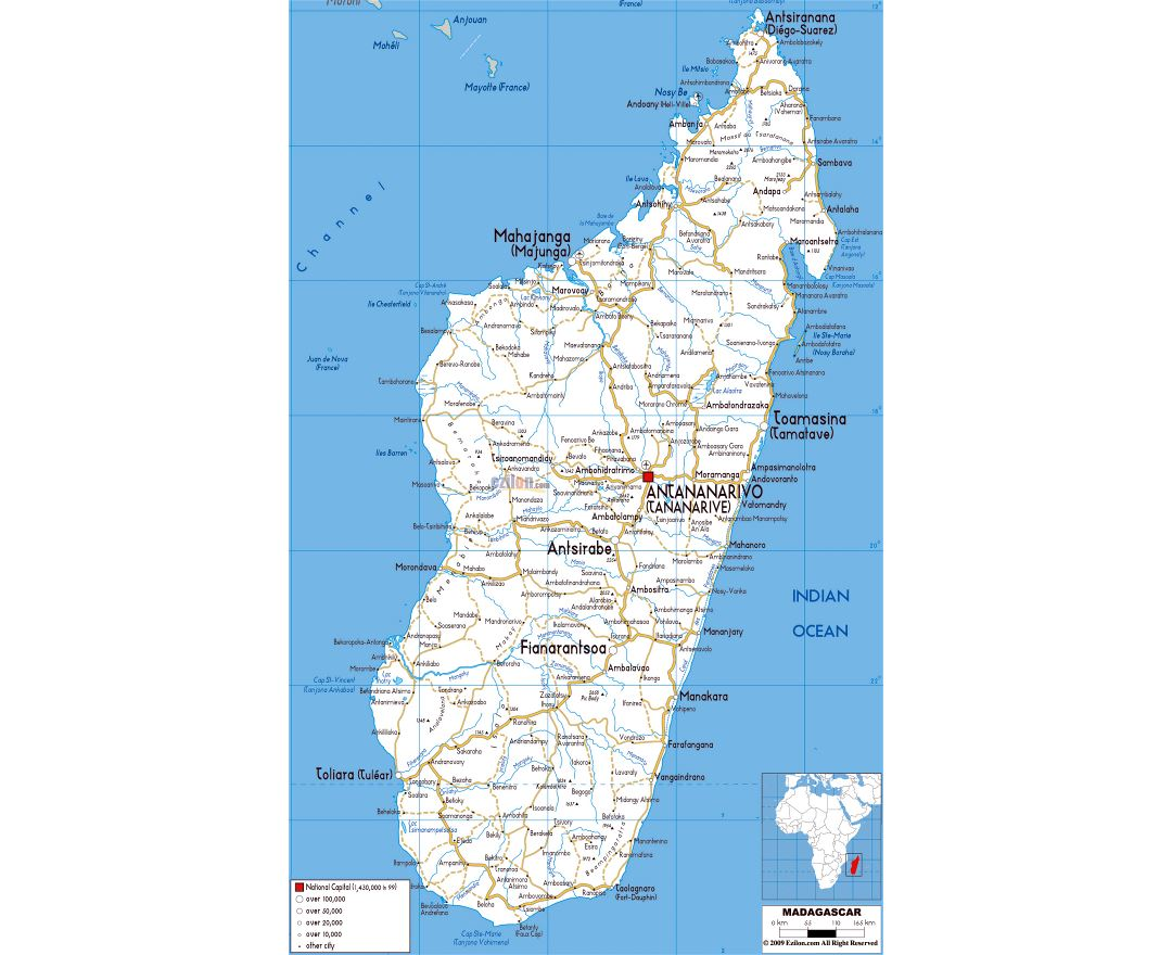 Large road map of Madagascar with cities and airports
