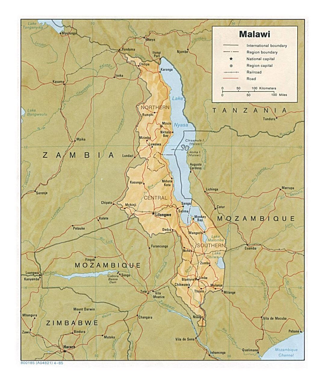 Detailed political and administrative map of Malawi with relief, roads, railroads and major cities - 1985