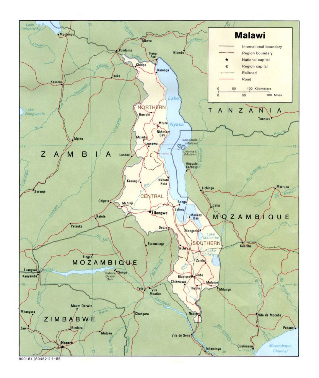 Detailed political and administrative map of Malawi with roads, railroads and major cities - 1985