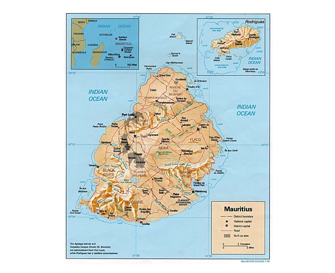 Detailed political and administrative map of Mauritius with relief, roads and major cities - 1990