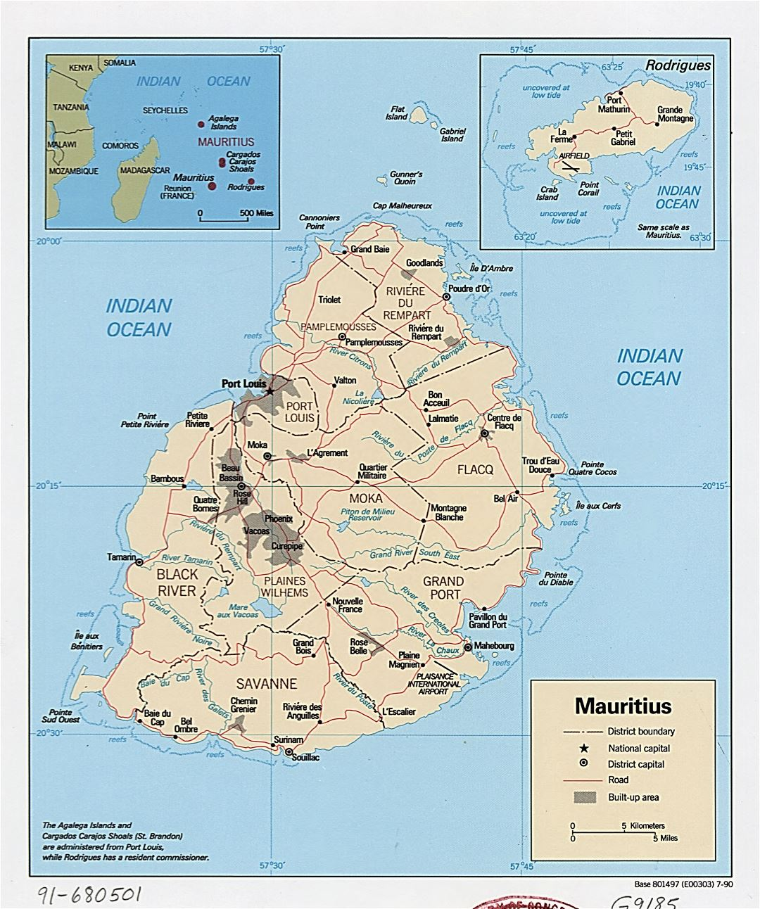 Large detailed political and administrative map of Mauritius with roads and major cities - 1990