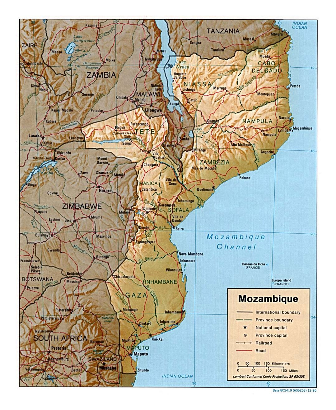 Detailed political and administrative map of Mozambique with relief, roads, railroads and major cities - 1995