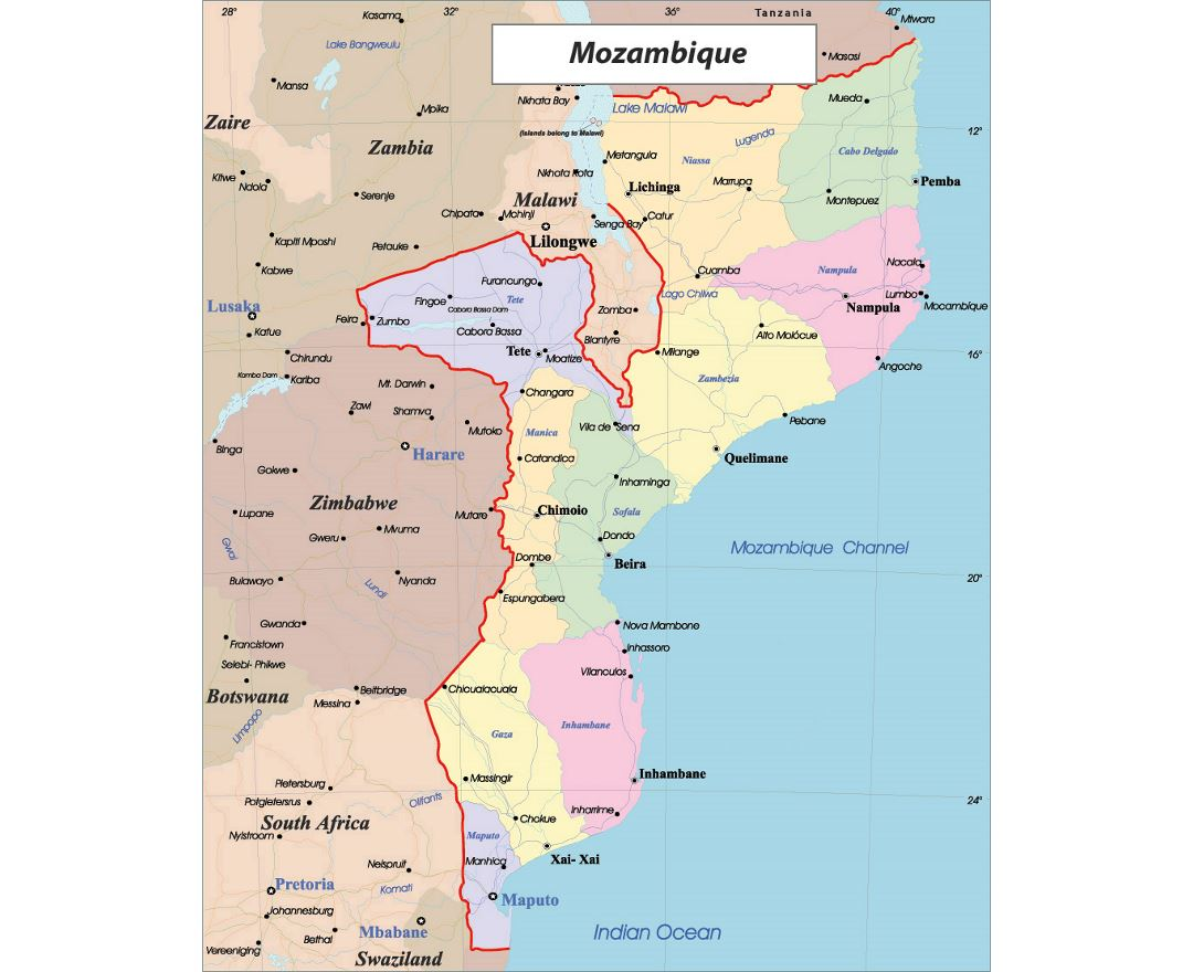 Detailed political and administrative map of Mozambique with roads and major cities