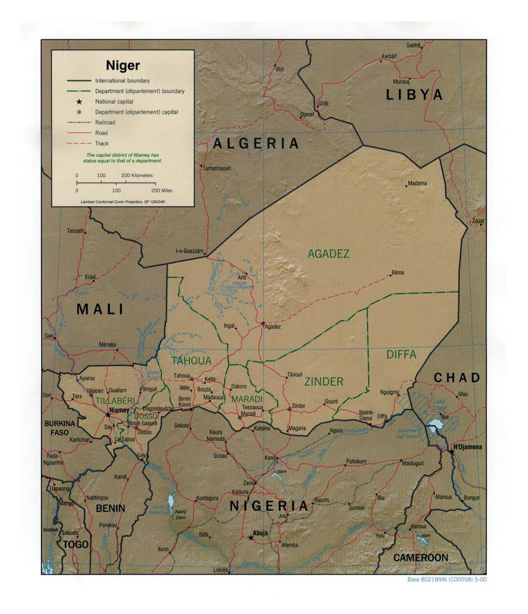 Detailed political and administrative map of Niger with relief, roads, railroads and major cities - 2000