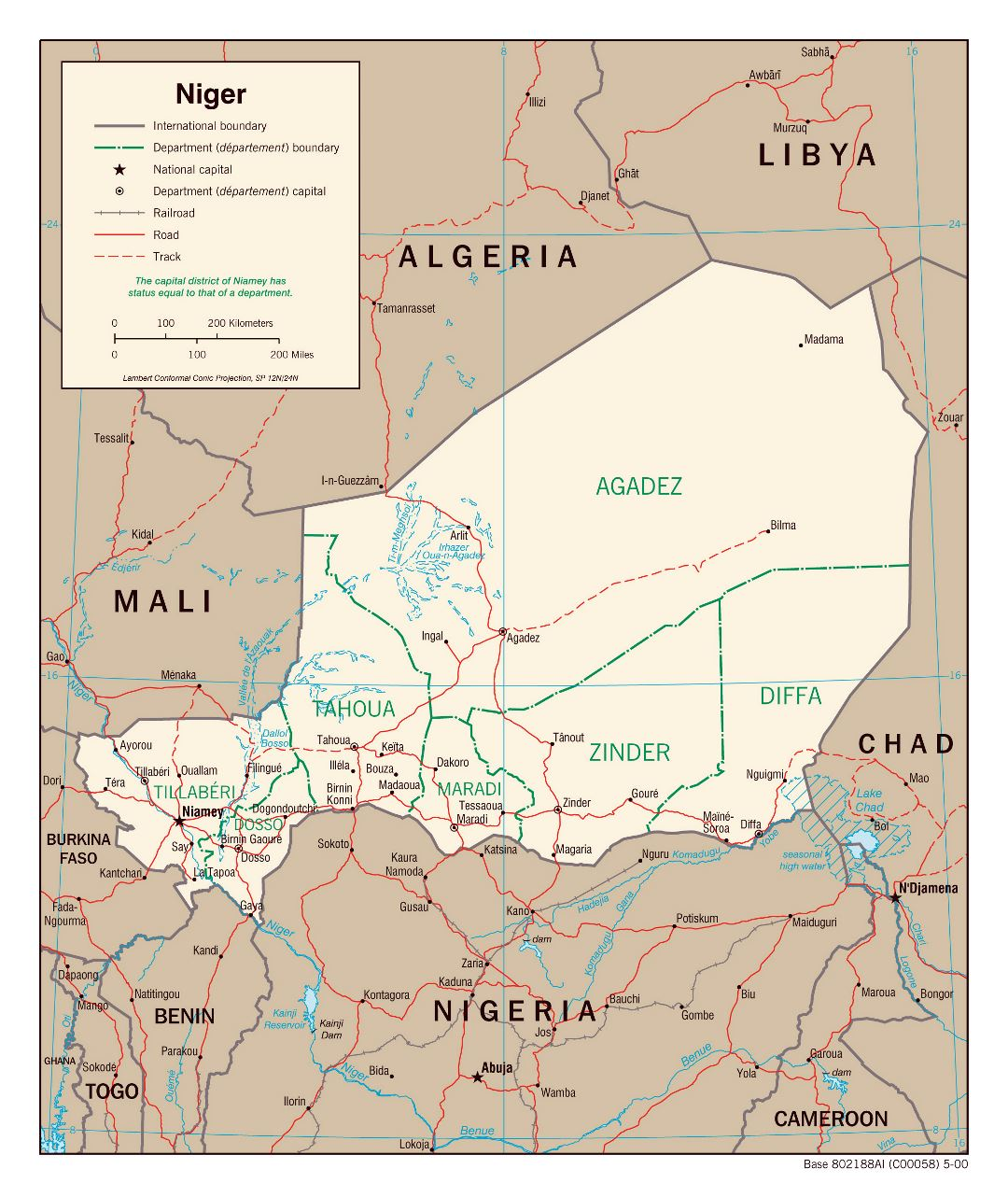Large detailed political and administrative map of Niger with roads, railroads and major cities - 2000