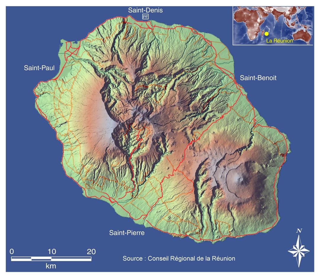 Large topographical map of Reunion