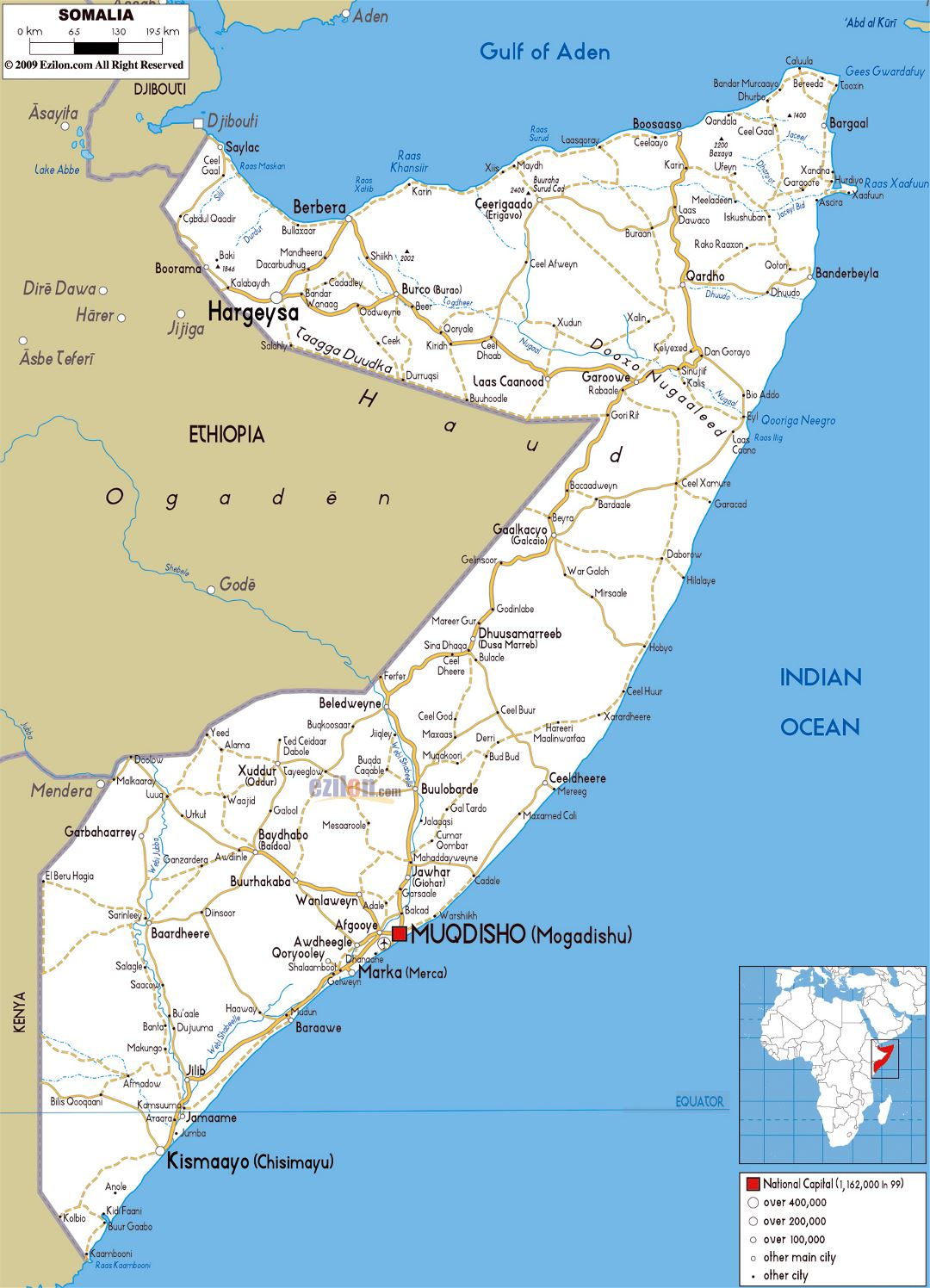 Large road map of Somalia with cities and airports