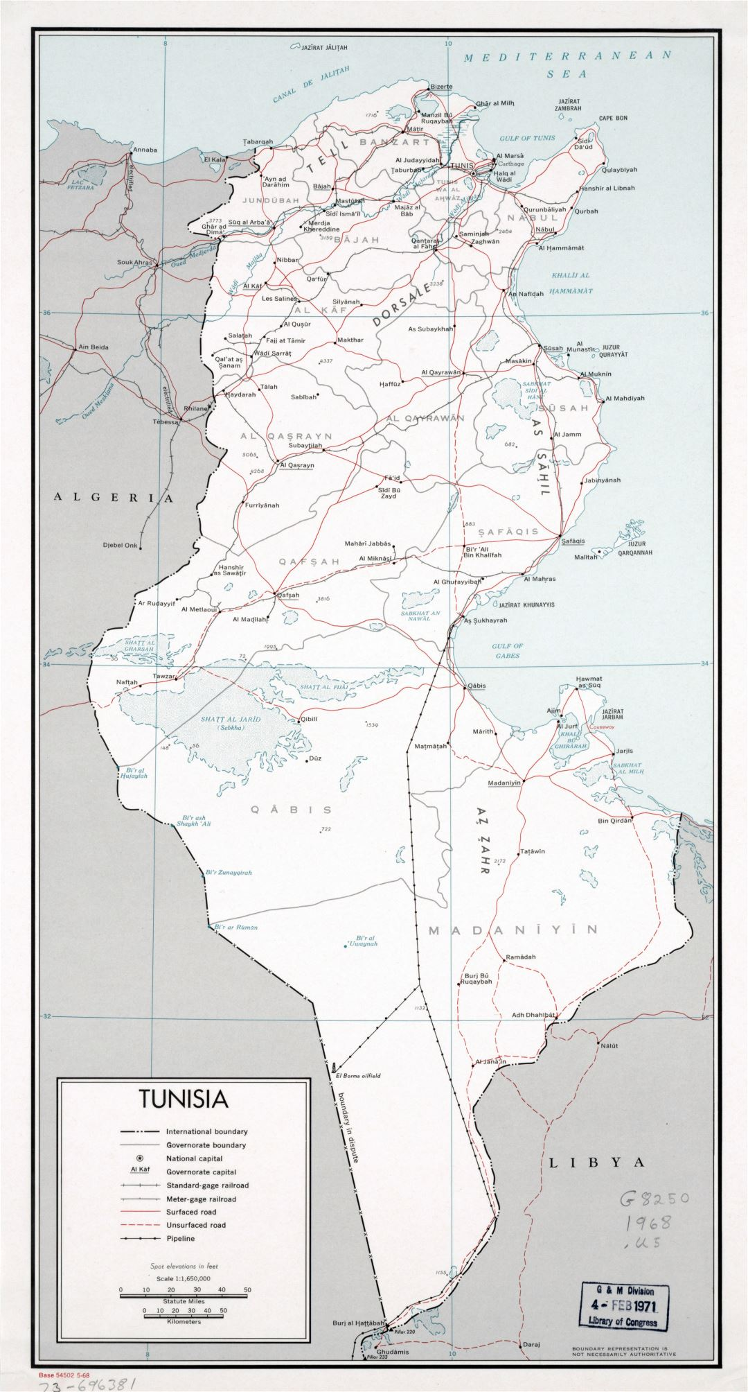 Large detailed political and administrative map of Tunisia with roads, railroads, pipelines and major cities - 1968