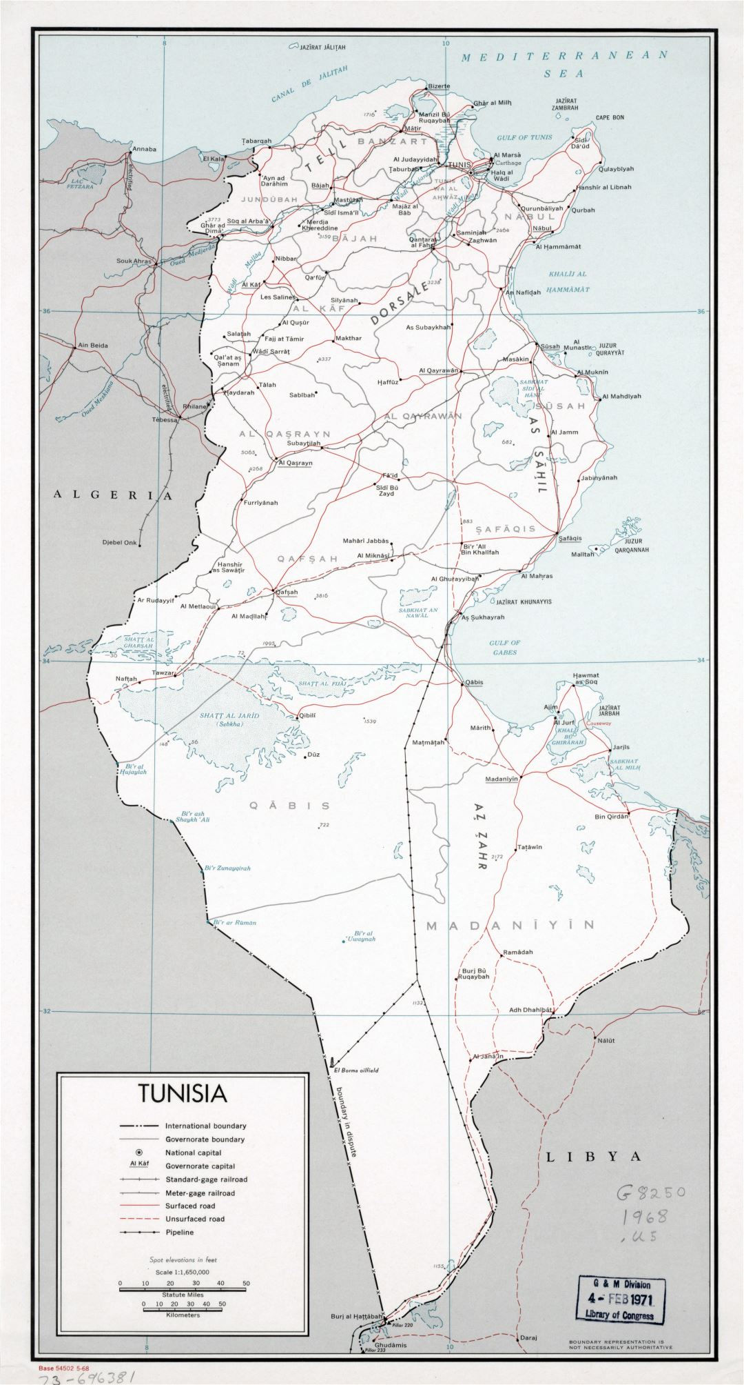 Large scale political and administrative map of Tunisia with roads, railroads, pipelines and major cities - 1968