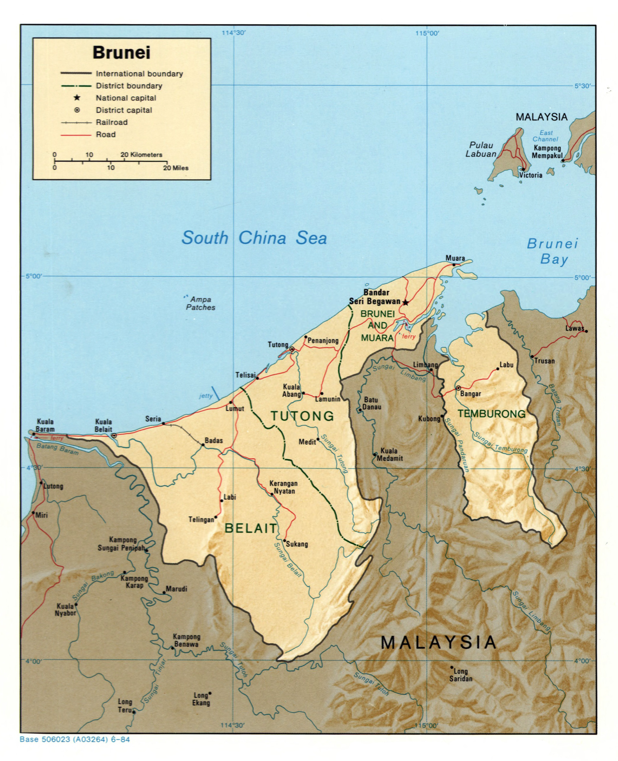 Large detailed political and administrative map of Brunei with