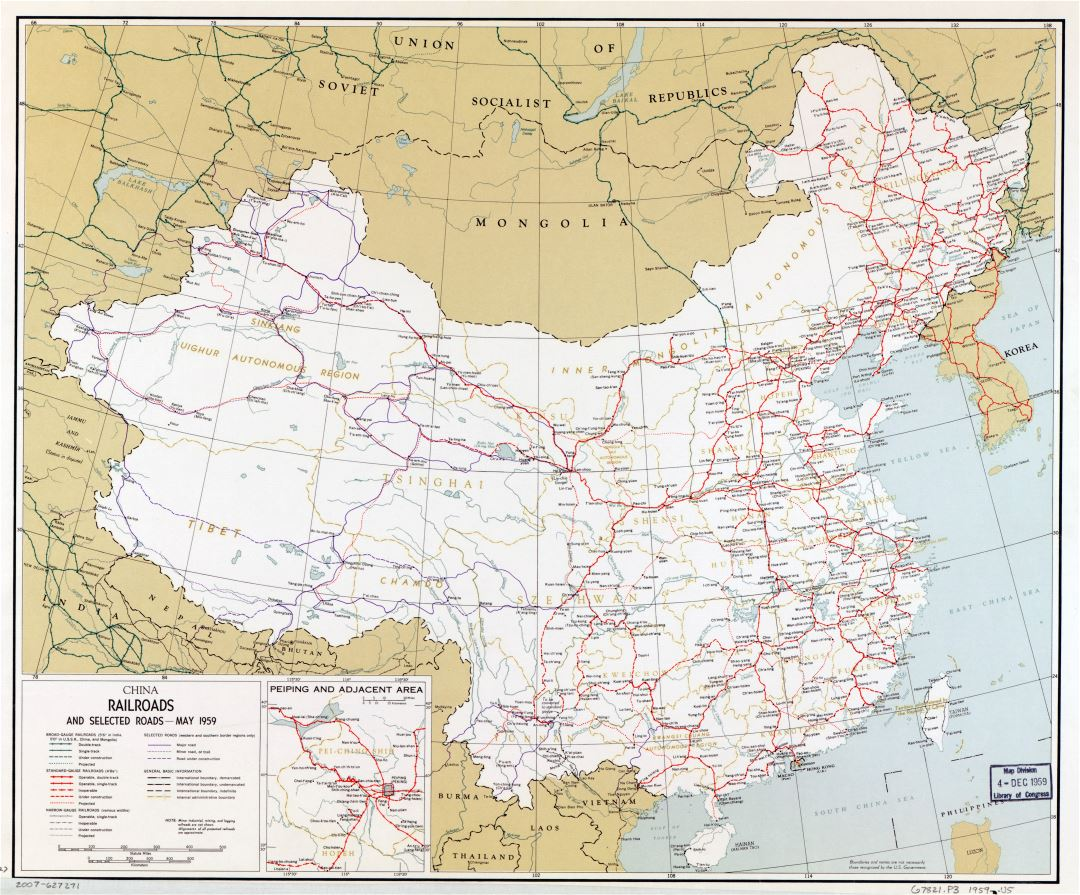 Large scale railroads and selected roads map of China - 1959