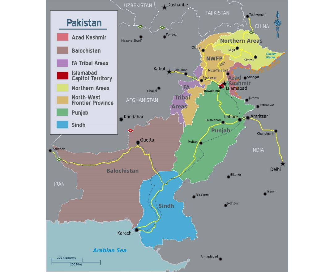 Detailed regions map of Pakistan