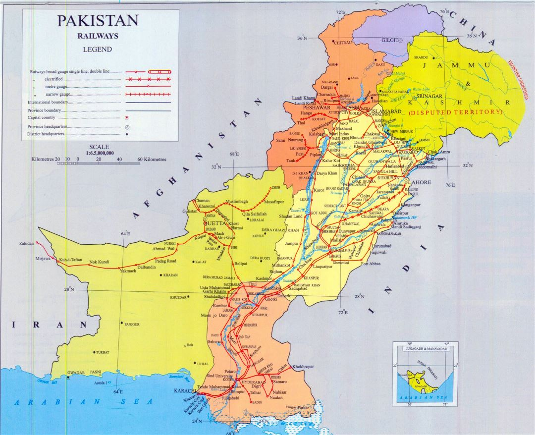 Large detailed railways map of Pakistan