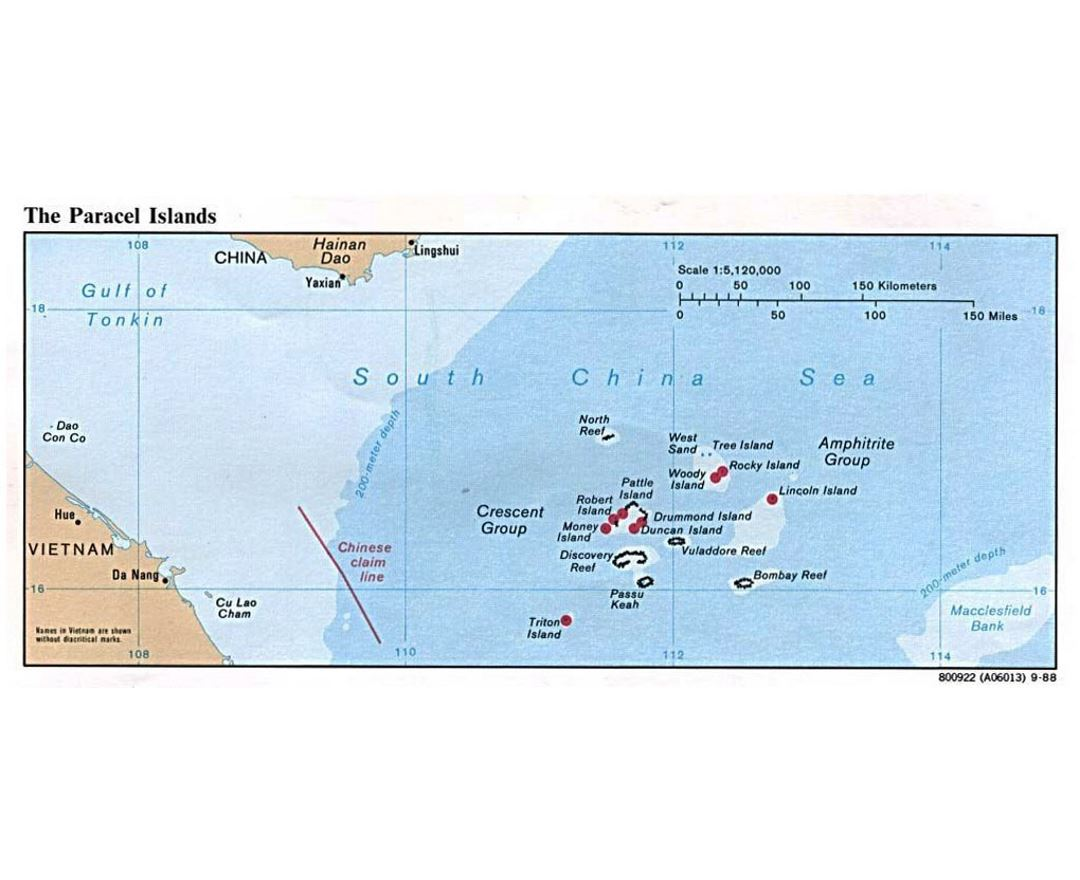 Detailed political map of Paracel Islands - 1988