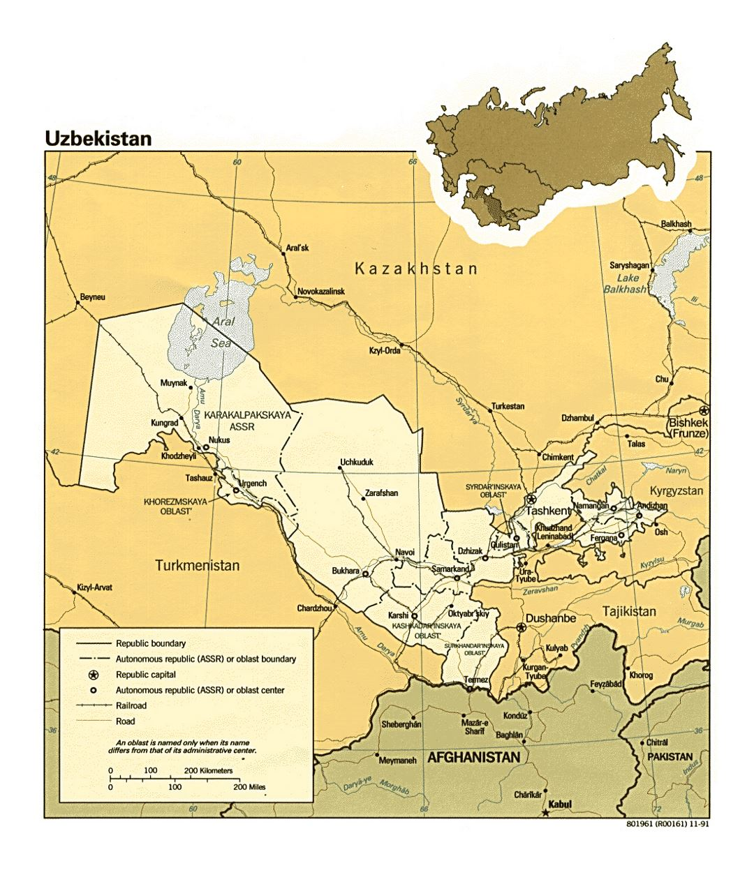 Detailed political and administrative map of Uzbekistan with roads, railroads and major cities - 1991