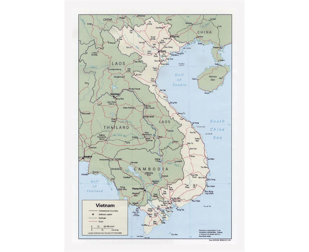 Detailed political map of Vietnam with roads, railroads and major cities - 1992