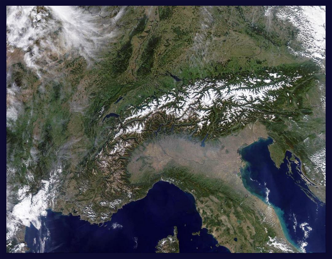 Satellite map (image, photo) of Alps