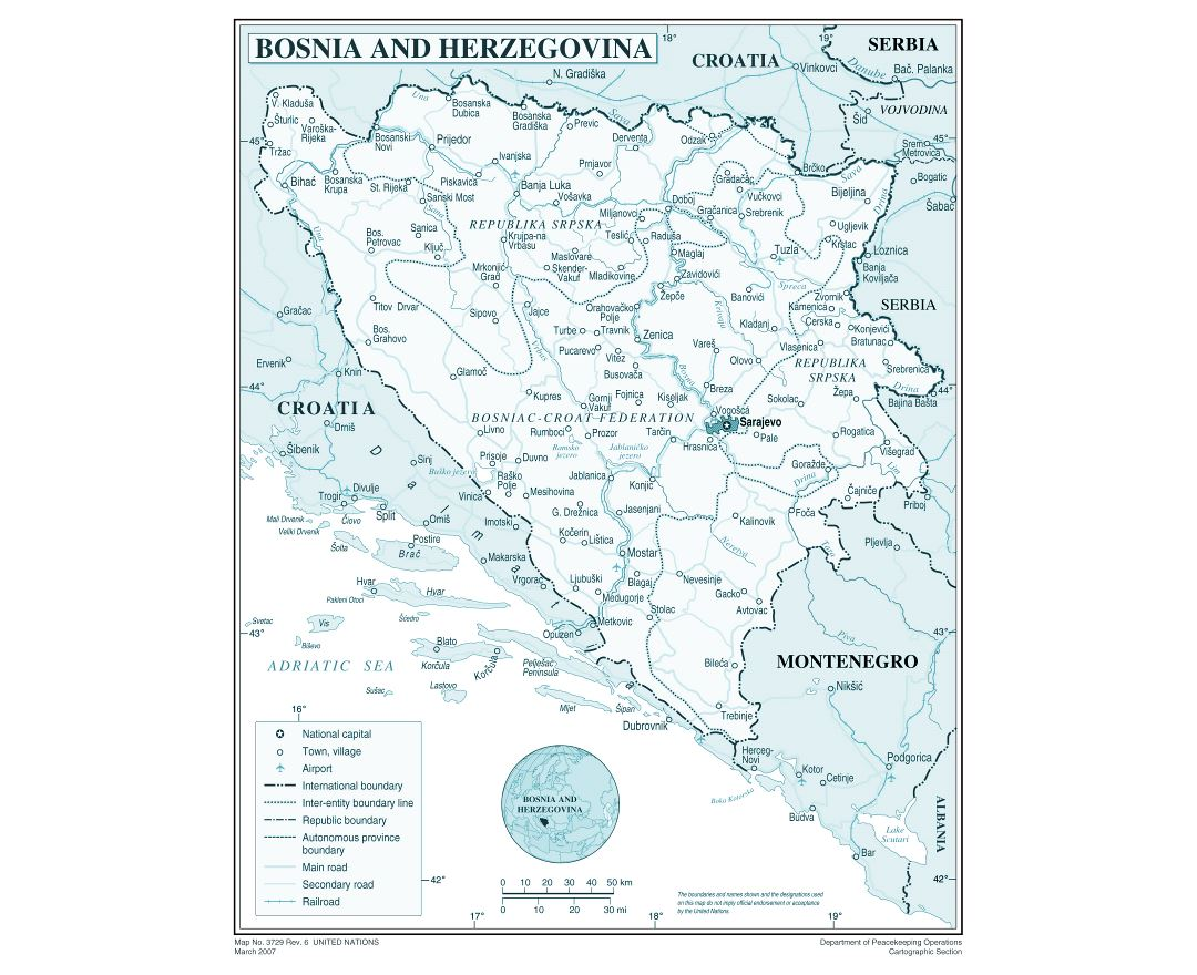 Large detailed political and administrative map of Bosnia and Herzegovina with roads, cities and airports