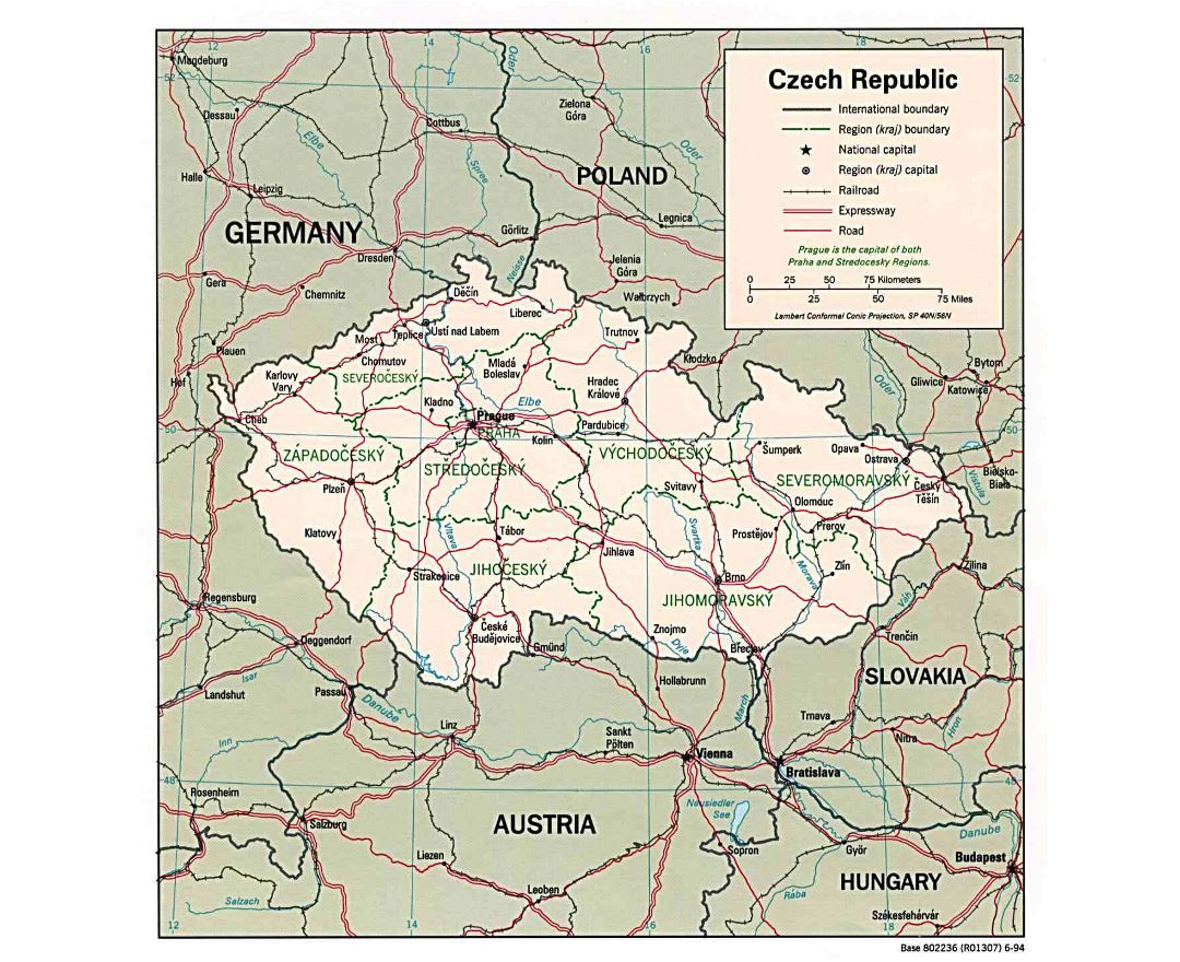 Large political and administrative map of Czech Republic with roads and cities - 1994