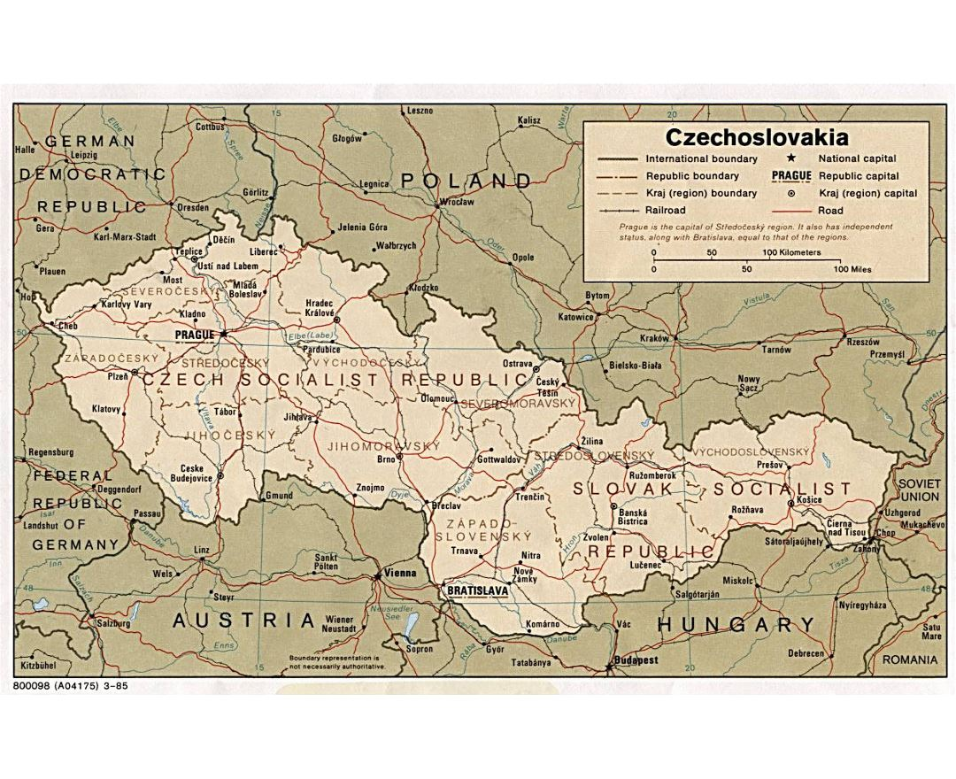 Large political and administrative map of Czechoslovakia with roads and major cities - 1985