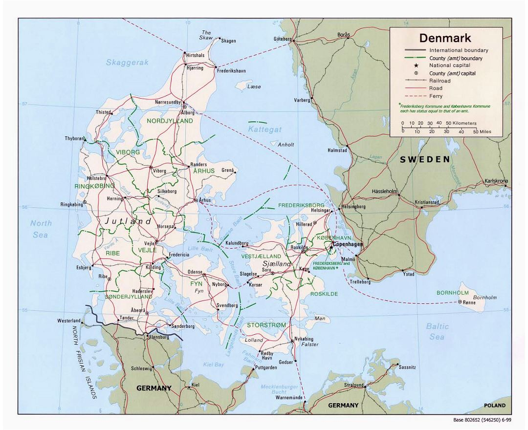 Large political and administrative map of Denmark with roads and major cities - 1999
