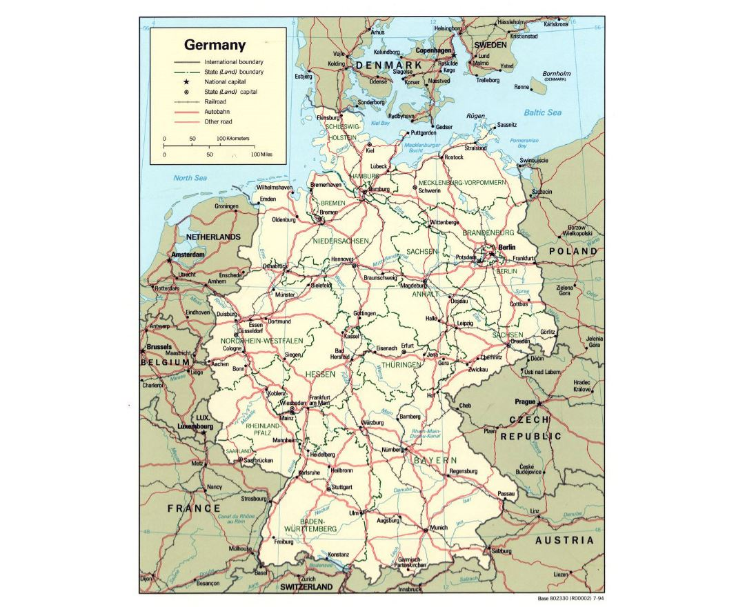 Detailed political and administrative map of Germany with roads and major cities - 1994