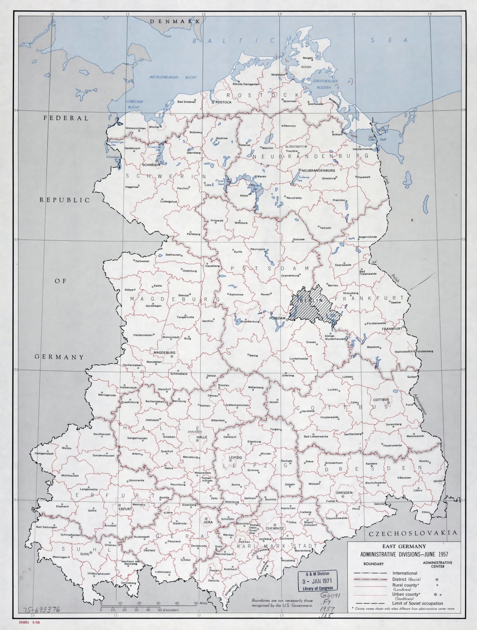 large administrative divisions map of east germany 1958