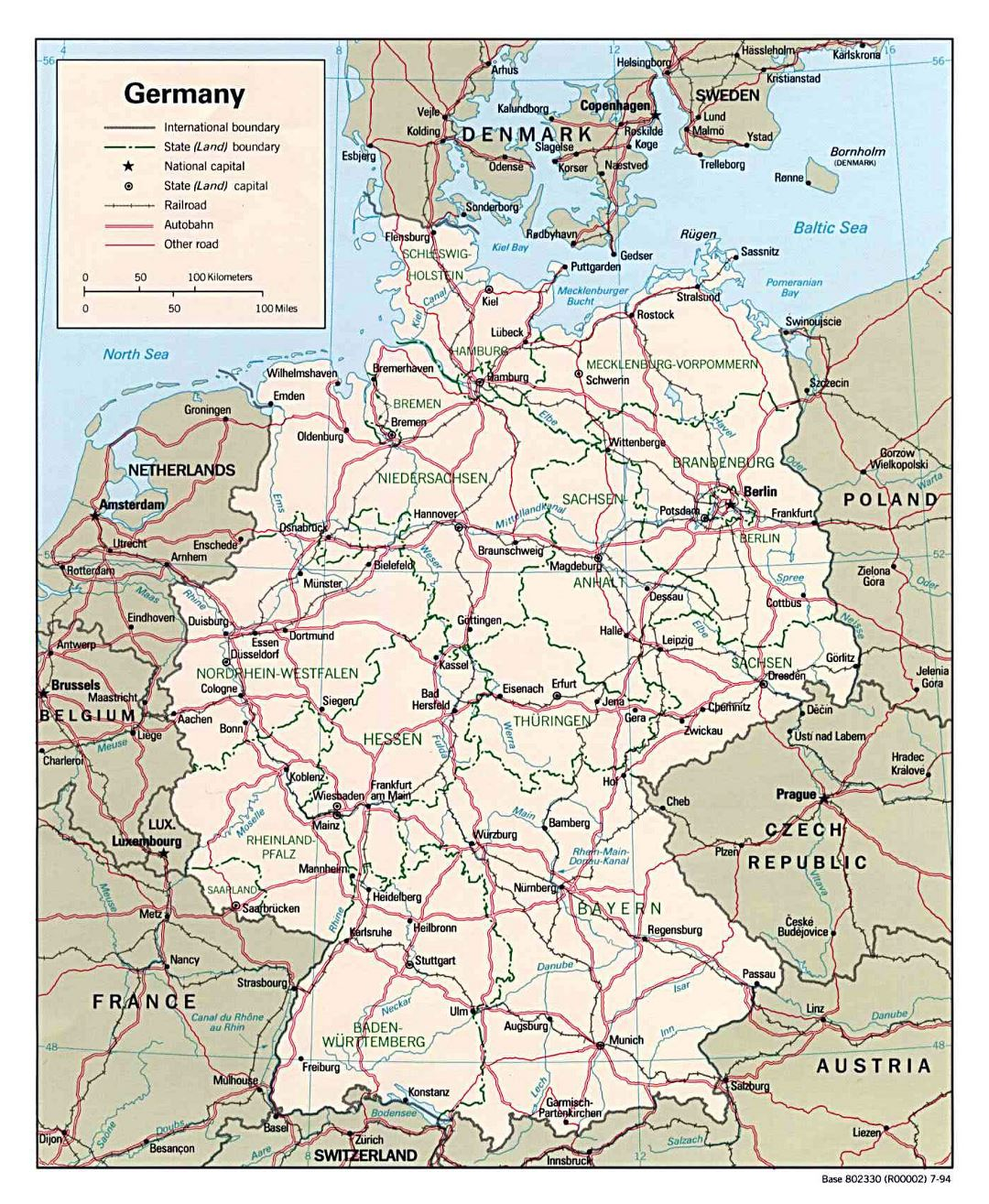 Large political and administrative map of Germany with roads and major cities - 1994