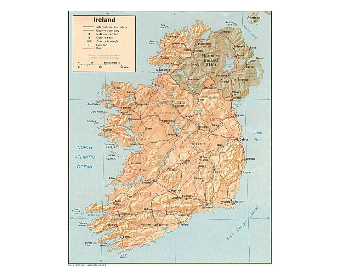 Detailed political and administrative map of Ireland with relief, roads and major cities - 1982