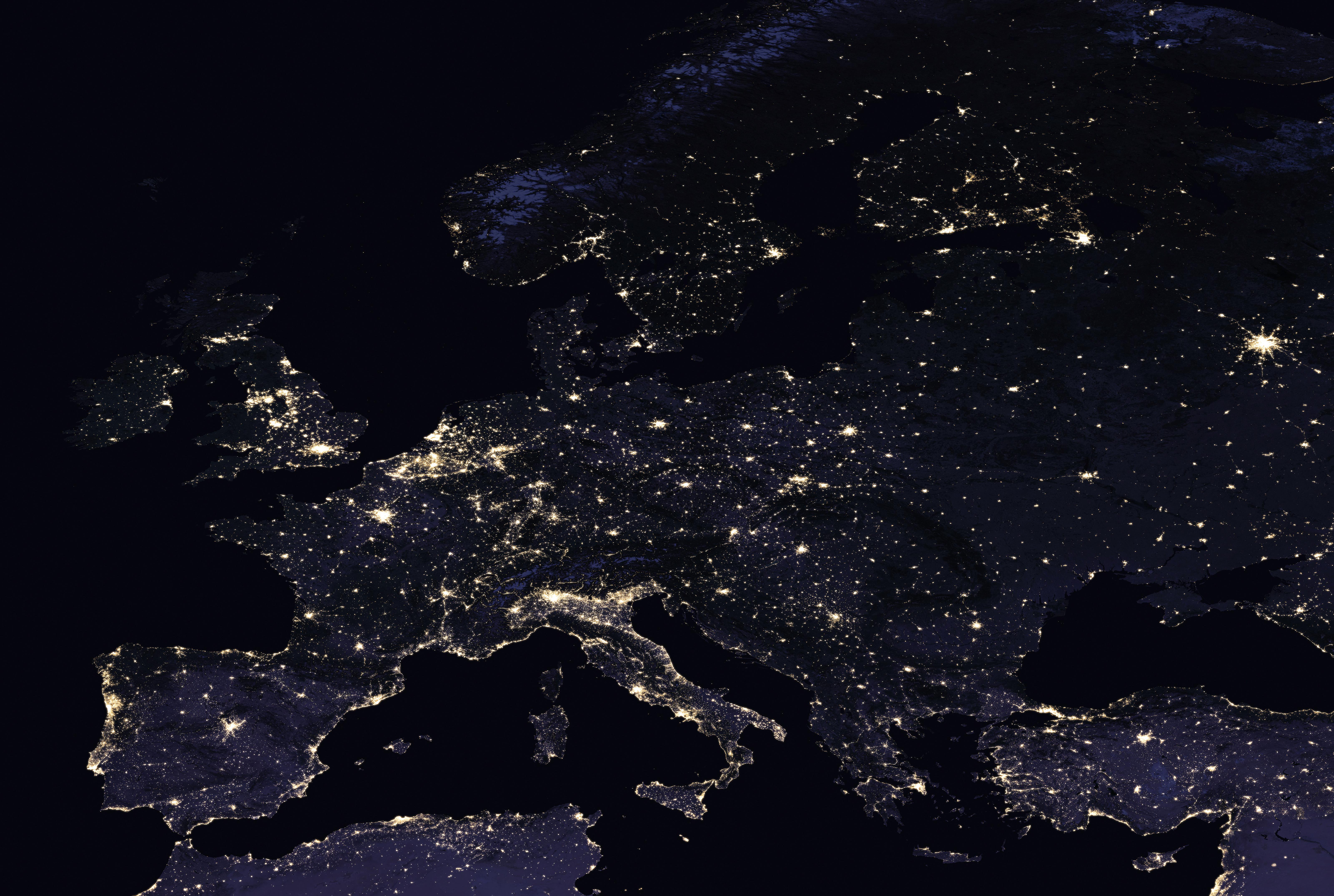 Large Detailed Satellite Map Of Europe At Night Europe - Satellite map of the world at night