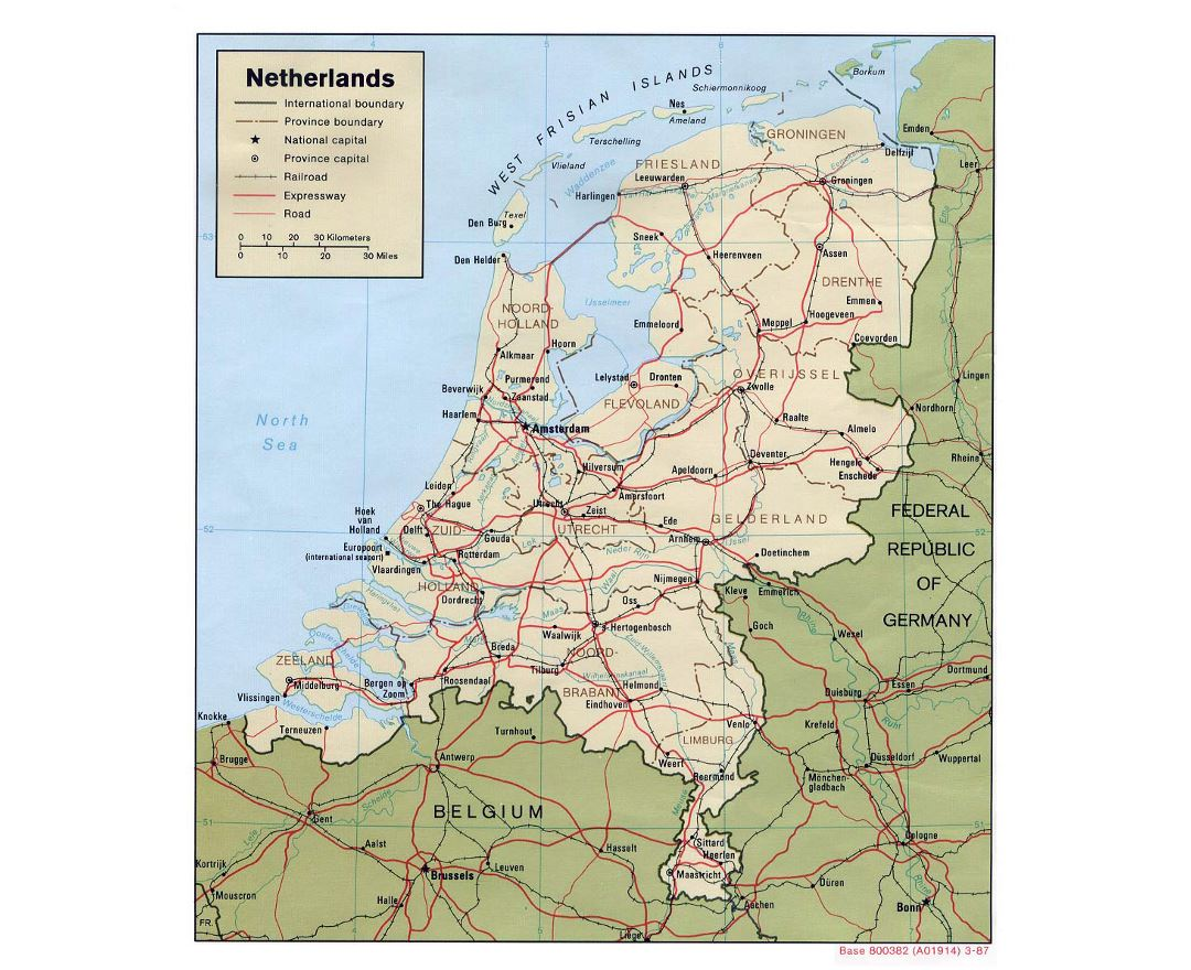 Detailed political and administrative map of Netherlands with roads, railroads and major cities - 1987