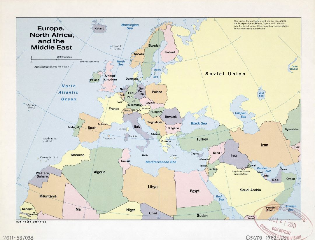 Large detailed old political map of Europe, North Africa and the Middle East - 1982