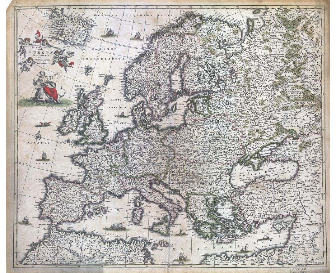 Large scale detailed old map of Europe - 1700