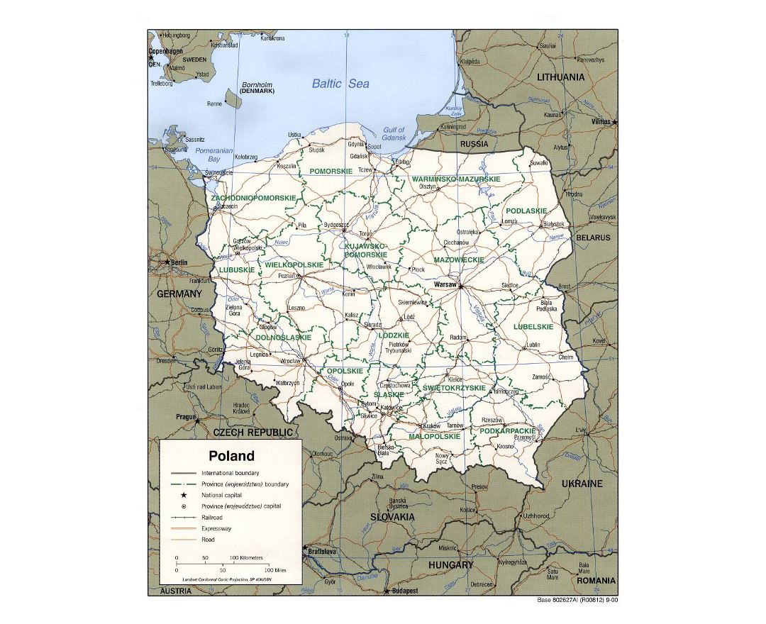 Detailed political and administrative map of Poland with roads, railroads and major cities - 2000