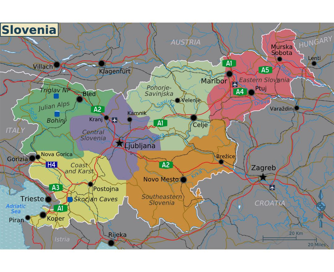 Large regions map of Slovenia