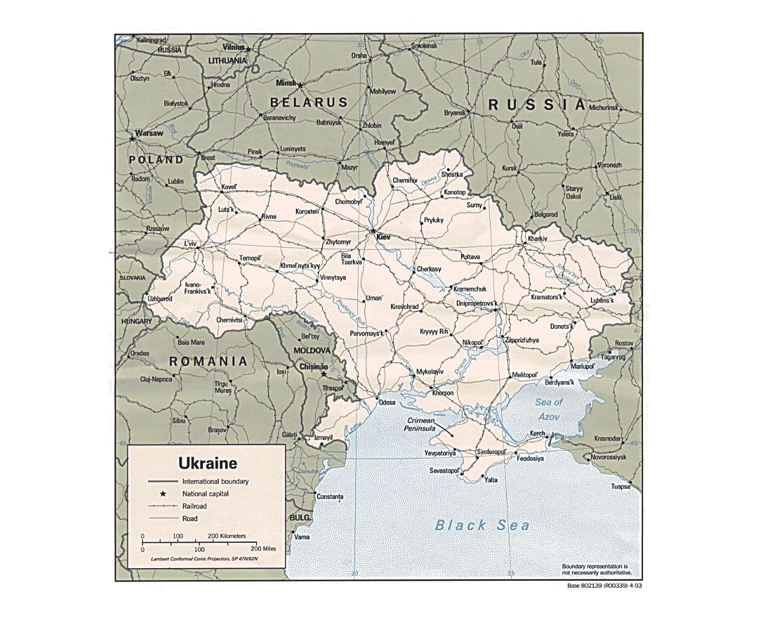 Detailed political map of Ukraine with roads, railroads and major cities - 1993