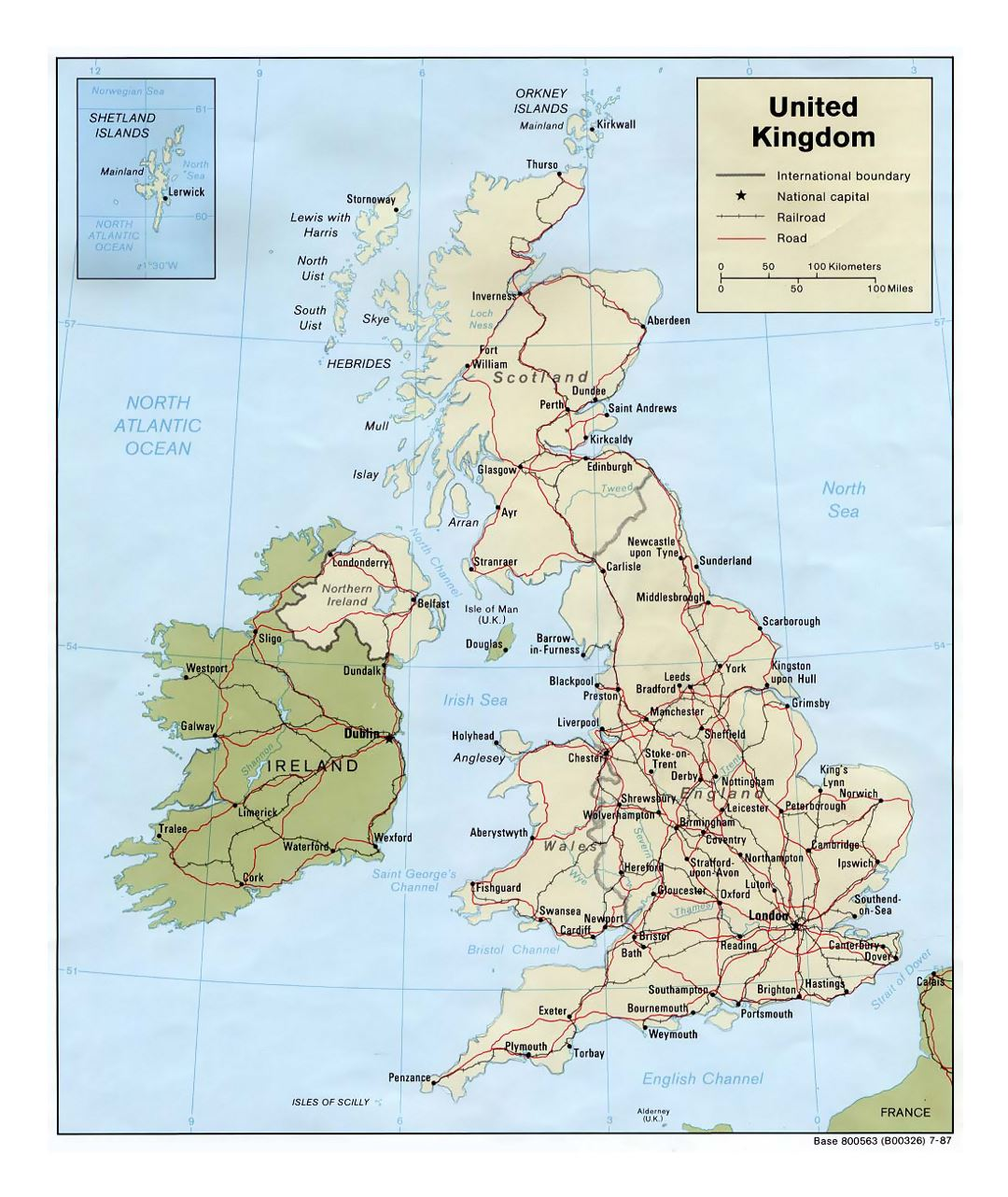 Detailed political map of United Kingdom with roads, railroads and major cities - 1987
