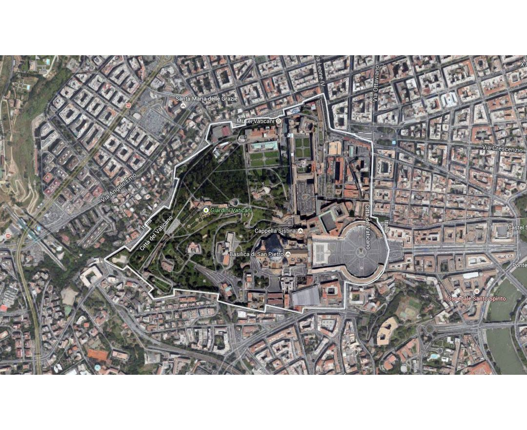 Detailed satellite image of Vatican city and its surroundings