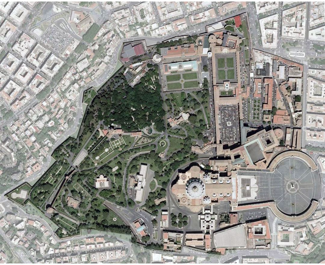 Detailed satellite map of Vatican city