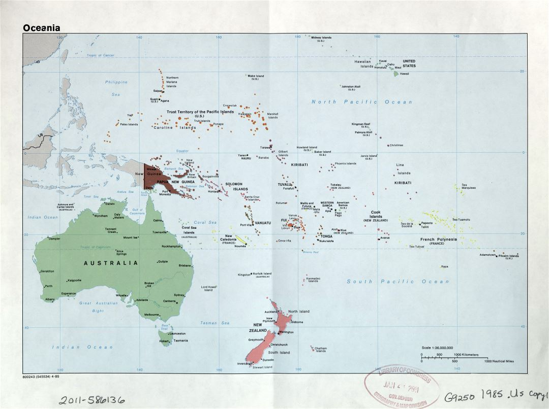 Large scale political map of Oceania with marks of capitals, large cities and names of states - 1985