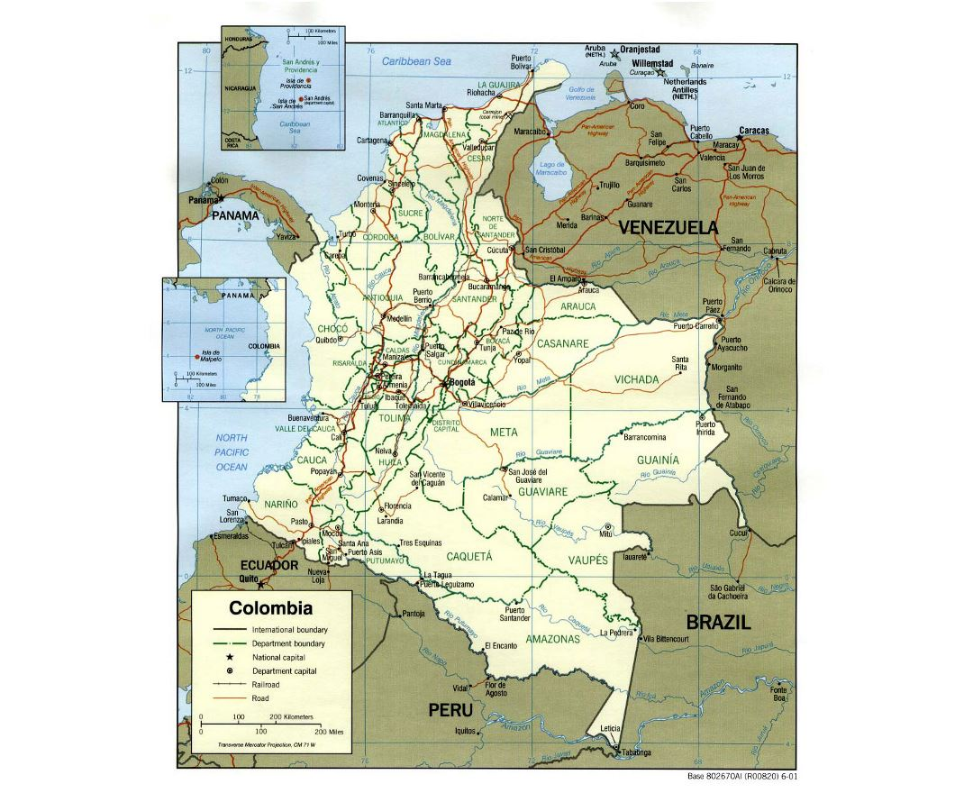 Large political and administrative map of Colombia with roads and major cities - 2001