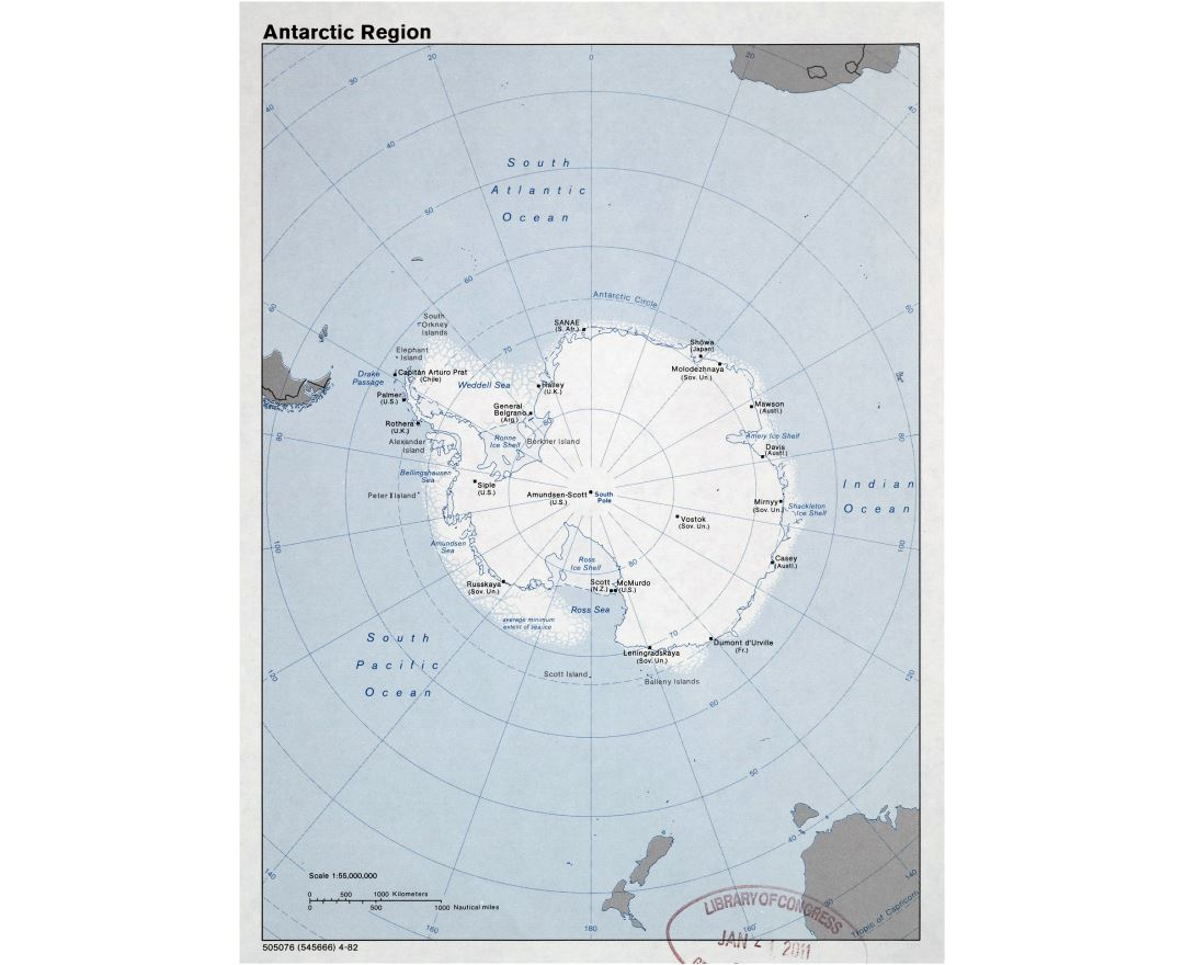 Large detailed map of Antarctic Region - 1982